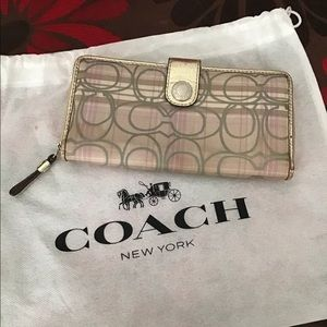 Coach long wallet in mettalic color